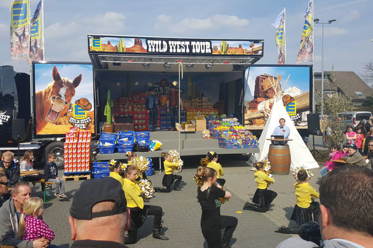 Edeka Piraten Tour mit Showbühne 05