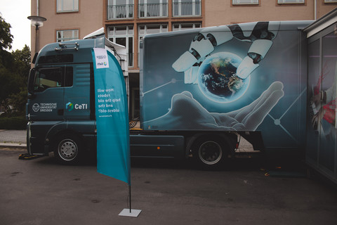Dresden Event Showtruck