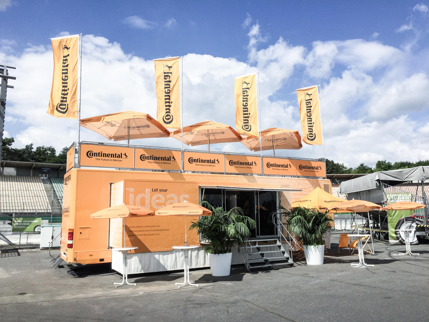Roadshow Truck Continental